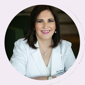 Dra Claudia ELizalde Periodoncista en Monterrey